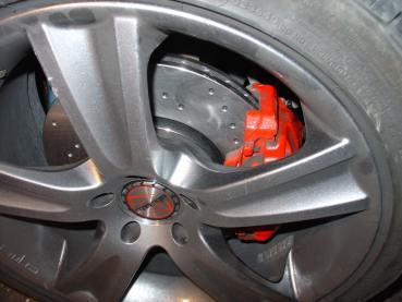 Octavia 1.8T, brzdové destičky Ferodo DS Performance, děrované sportovní brzdové kotouče Zimmermann - přední