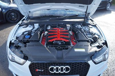 Audi RS5 supercharged engine bay